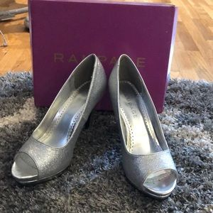 Silver Glitter high heels size 8.5 (New)